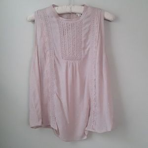 Gap powdered pink sleeveless top